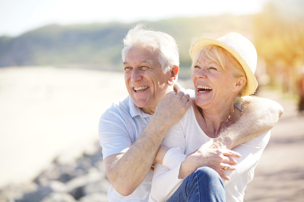 10 Warm-Weather Activities Seniors and Caregivers Can Enjoy Together